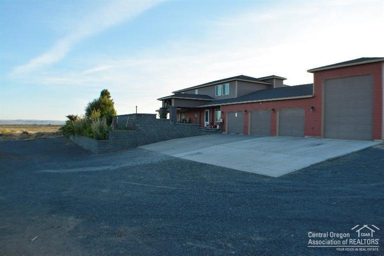 60278 Millican Road, Christmas Valley, OR - USA (photo 1)
