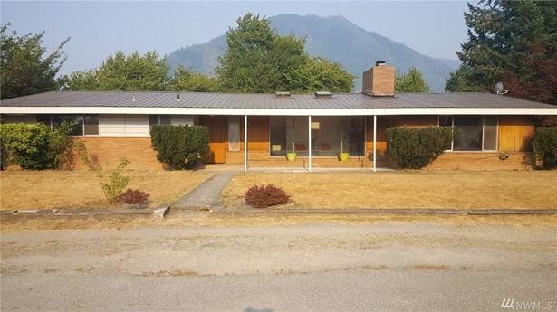 930 Madison Ave, Darrington, WA - USA (photo 1)