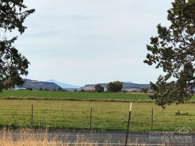 151 Northeast Mckee Drive, Prineville, OR - USA (photo 3)