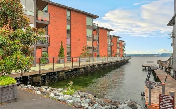 2360 43rd Ave E 212, Seattle, WA - USA (photo 2)