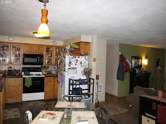 4396 Glenwood Dr, Salem, OR - USA (photo 4)