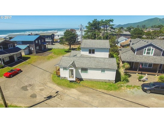 660 S Pacific St, Rockaway Beach, OR - USA (photo 2)
