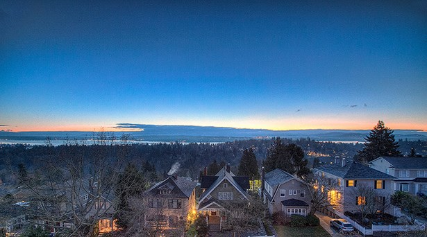 Views at dawn (photo 1)