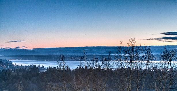 Views at dawn (photo 2)