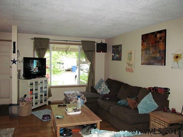 4396 Glenwood, Salem, OR - USA (photo 2)