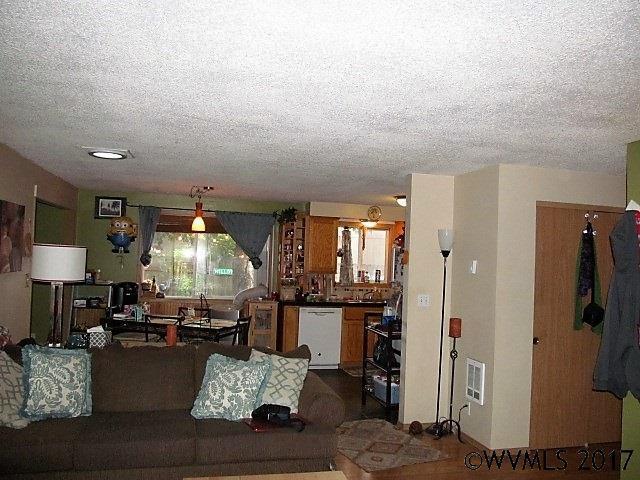 4396 Glenwood, Salem, OR - USA (photo 3)