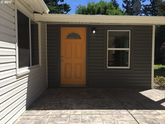 9942 Se Bell Ave, Milwaukie, OR - USA (photo 2)