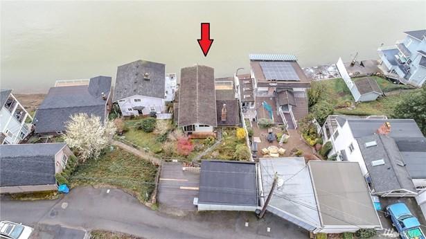 516 Klapache Ave Ne, Tacoma, WA - USA (photo 2)