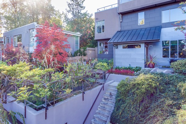 607 26th Ave E, Seattle, WA - USA (photo 4)