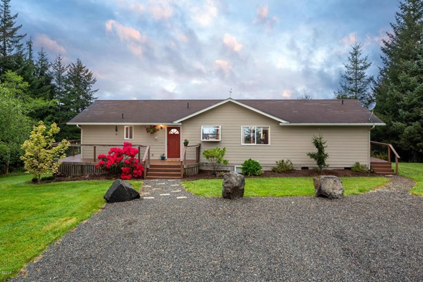 545 N Bayview Ct, Waldport, OR - USA (photo 2)