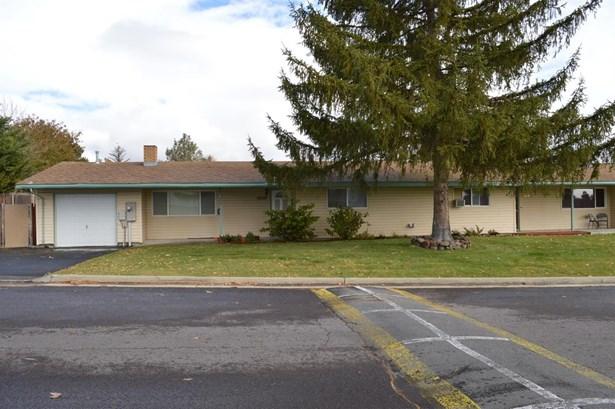 10519 Kincheloe Ave. Avenue, Klamath Falls, OR - USA (photo 2)