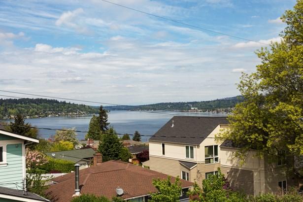 11130 Oakwood Ave S, Seattle, WA - USA (photo 2)