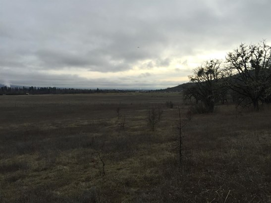 0 Modoc Road, Central Point, OR - USA (photo 1)