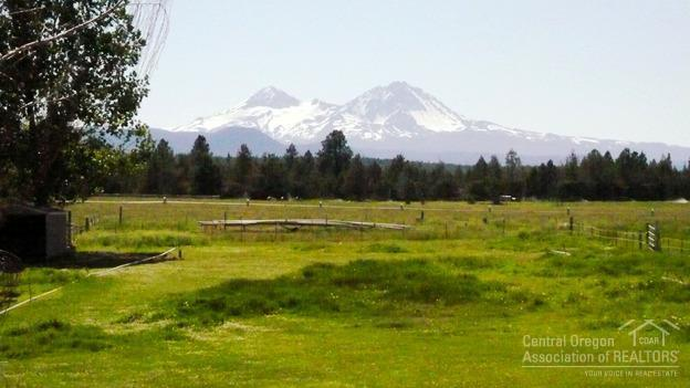 18910 Pinehurst Road, Bend, OR - USA (photo 1)