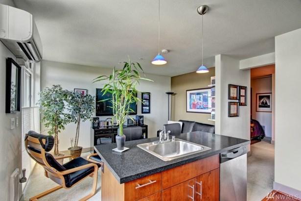 4547 8th Ave Ne 503, Seattle, WA - USA (photo 4)