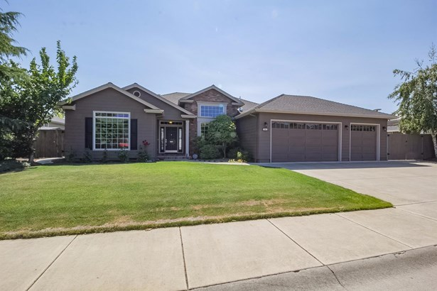 783 Meadowbrook Drive, Central Point, OR - USA (photo 1)