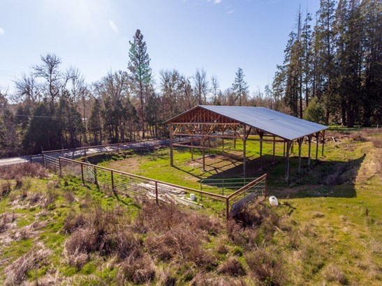 305 Smith Sawyer Road, Cave Junction, OR - USA (photo 4)