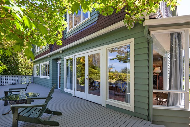 Colonial Edmonds Home (photo 3)