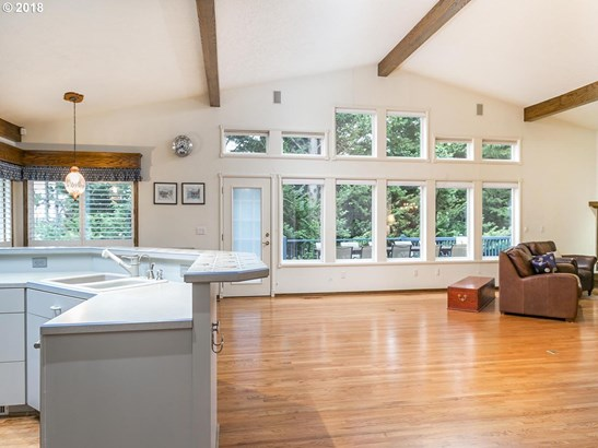 13556 Sw Clearview Pl, Tigard, OR - USA (photo 5)