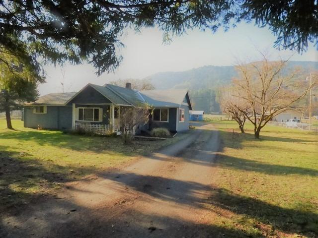 635 W Evans Creek Road, Rogue River, OR - USA (photo 1)