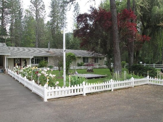 4585 E Evans Creek Road, Rogue River, OR - USA (photo 1)