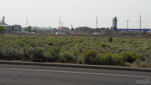 0 Southwest Lake Road, Redmond, OR - USA (photo 2)