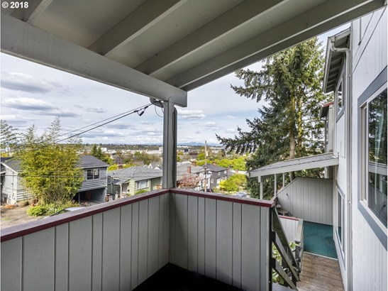 2782 Nw Quimby St, Portland, OR - USA (photo 2)