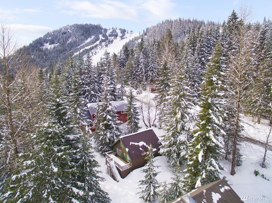 1221 Snoqualmie Dr, Snoqualmie Pass, WA - USA (photo 2)