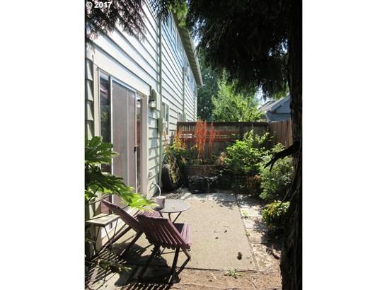 121 Ne 24th Ave, Portland, OR - USA (photo 2)