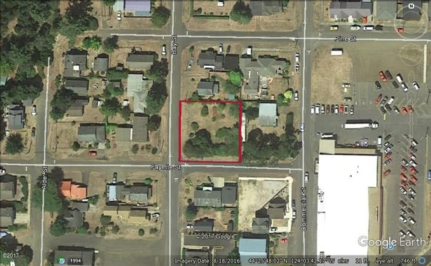 Lot 56 N Bay St, Waldport, OR - USA (photo 1)