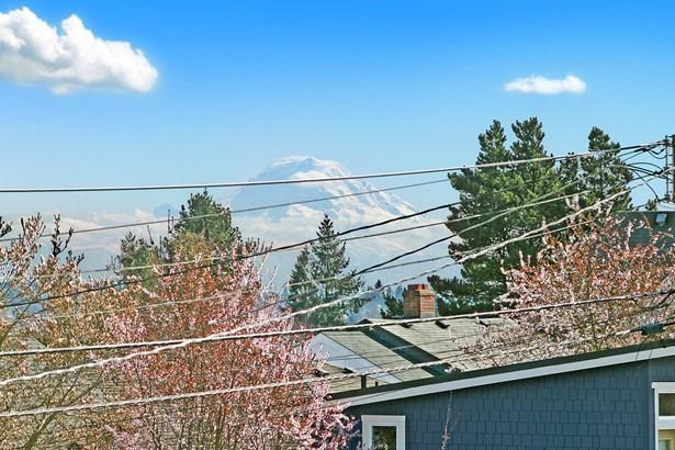 5004 37th Ave Sw, Seattle, WA - USA (photo 5)
