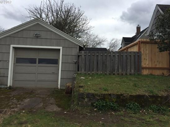Ne Skidmore St, Portland, OR - USA (photo 2)