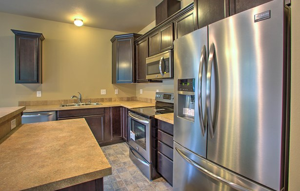 9 Foreman Rd, Mccleary, WA - USA (photo 2)