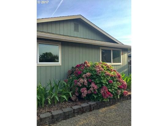 3855 Oregon Ave, Springfield, OR - USA (photo 2)