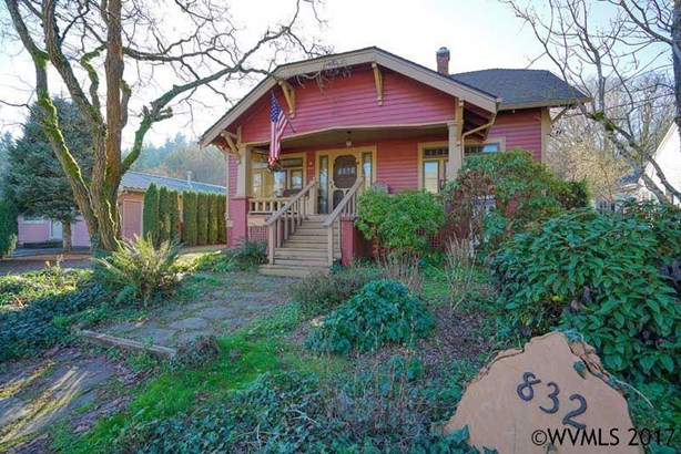 832 Barger St, Silverton, OR - USA (photo 2)