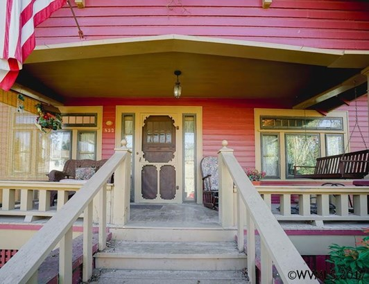 832 Barger St, Silverton, OR - USA (photo 3)