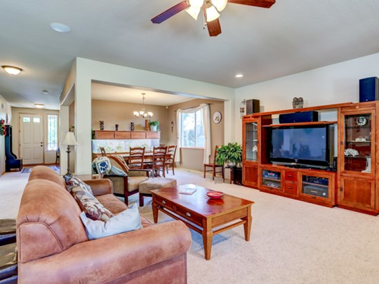 3812 Nw 3rd Ave, Hillsboro, OR - USA (photo 5)