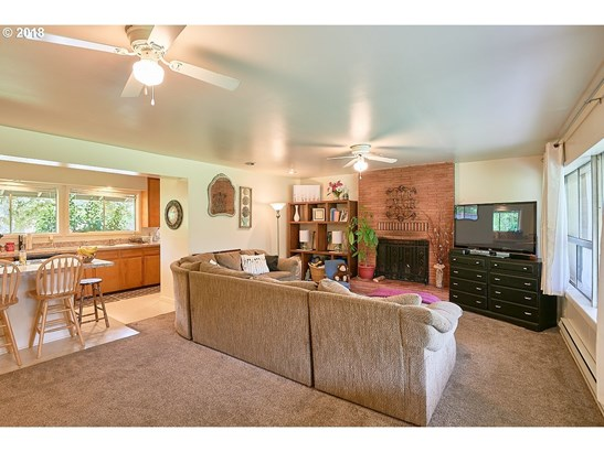 718 Sw Tera Dr, Mcminnville, OR - USA (photo 4)