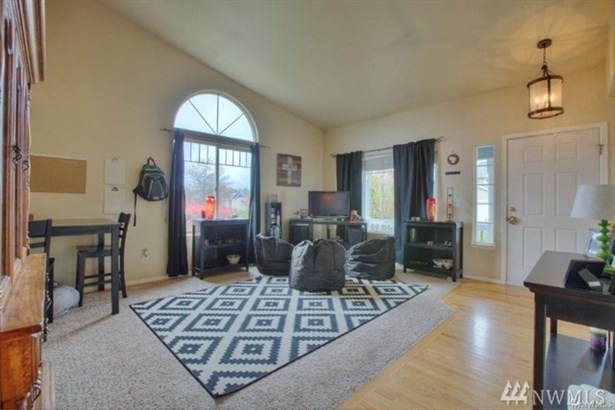 13717 68th Av Ct E, Puyallup, WA - USA (photo 2)