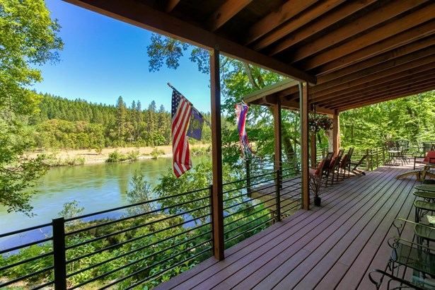 4941 Riverbanks Road, Grants Pass, OR - USA (photo 1)