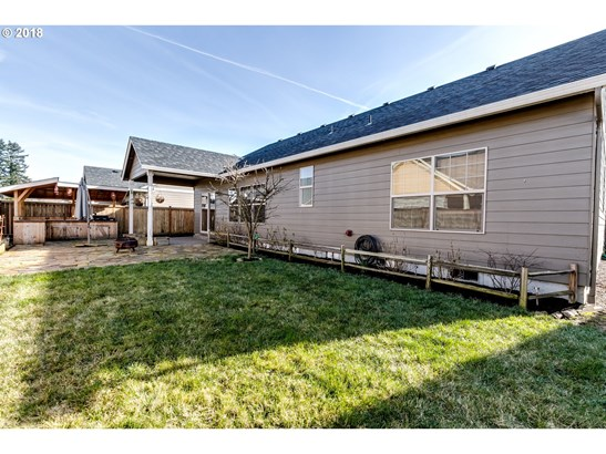 968 Kaylee Ave, Junction City, OR - USA (photo 3)