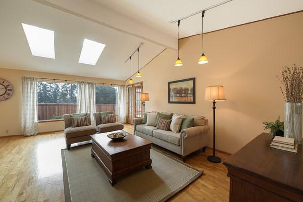 12405 Se 26th Place, Bellevue, WA - USA (photo 2)