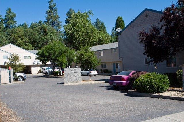 220 Cheryl Lane, Phoenix, OR - USA (photo 3)