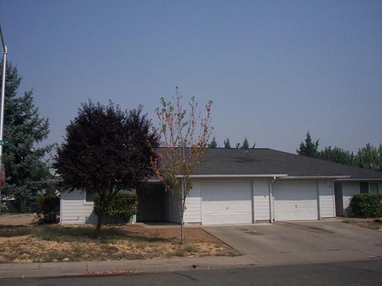 492 494 Minerva Avenue, Eagle Point, OR - USA (photo 2)