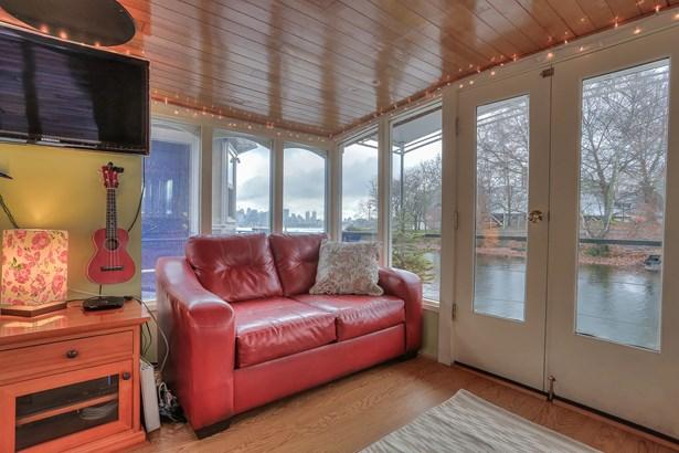 Lake Union Houseboat (photo 3)