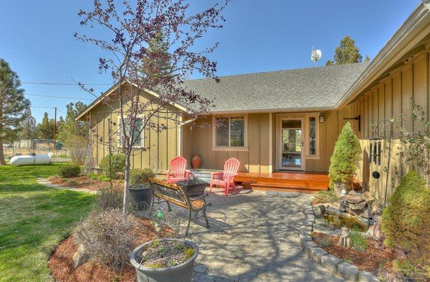 62515 Waugh Road, Bend, OR - USA (photo 1)
