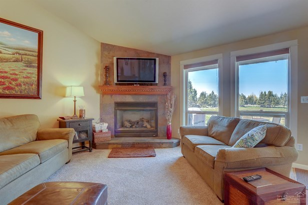 62515 Waugh Road, Bend, OR - USA (photo 2)