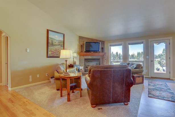 62515 Waugh Road, Bend, OR - USA (photo 4)