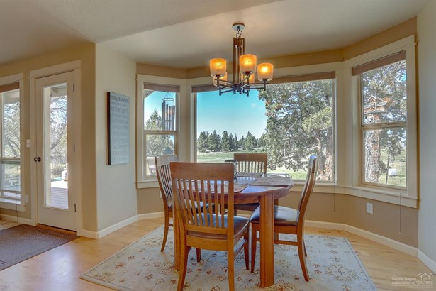 62515 Waugh Road, Bend, OR - USA (photo 5)