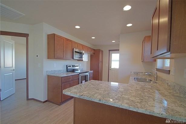 527 E Van Dam Place, Buckley, WA - USA (photo 3)